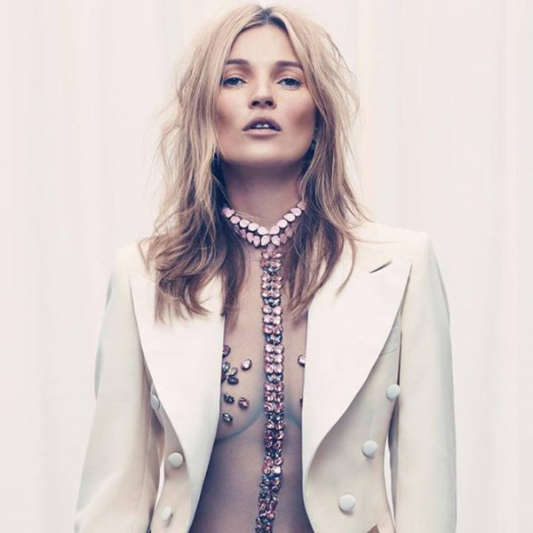 Kate Moss pose pour Esquire.