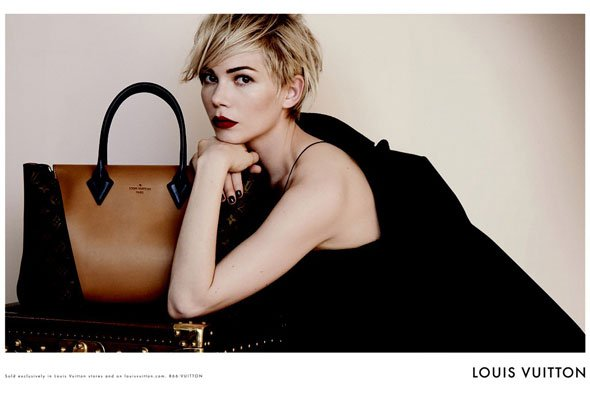 Michelle Williams pose pour Louis Vuitton.