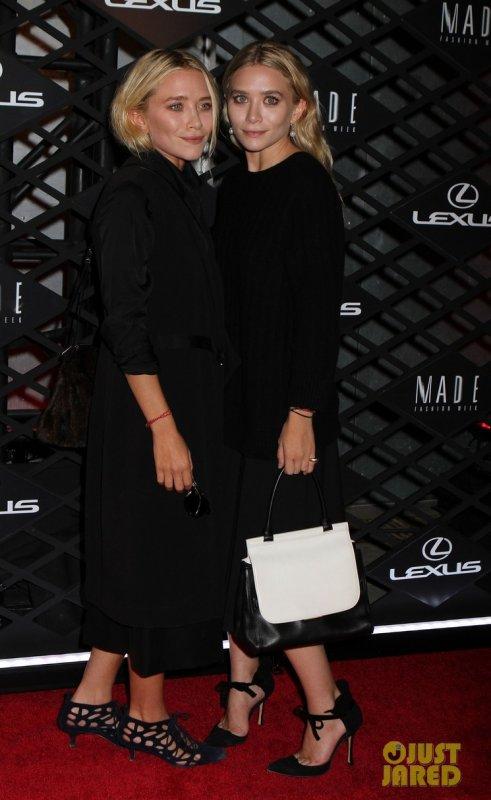 Les soeurs Olsen et Sarah Jessica Parker à un évènement. New York
