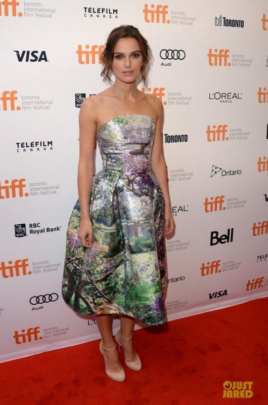 Keira Knightley à la première de son film. Toronto, Canada