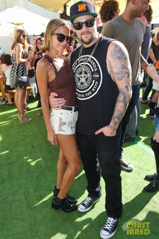 Nicole Richie et Joel Madden à un évènement. Los Angeles