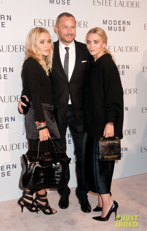 "Les soeurs Olsen à un évènement à New York. Estee Lauder ""Modern Muse"" Fragrance Launch Party"