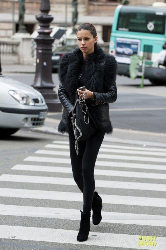 Adriana Lima de sortie. Paris