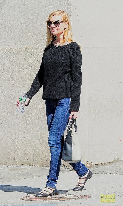Kirsten Dunst fait du shopping. New York