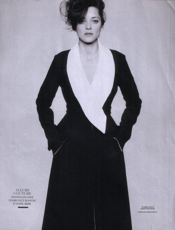 Marion Cotillard pose pour Madame Figaro.