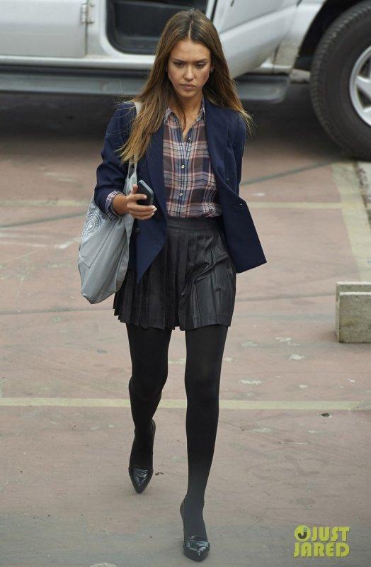Jessica Alba sur le tournage d'un film.