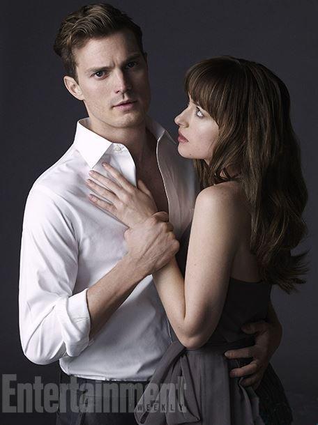 Les acteurs de 50 Shades of Grey posent pour Entertainment.