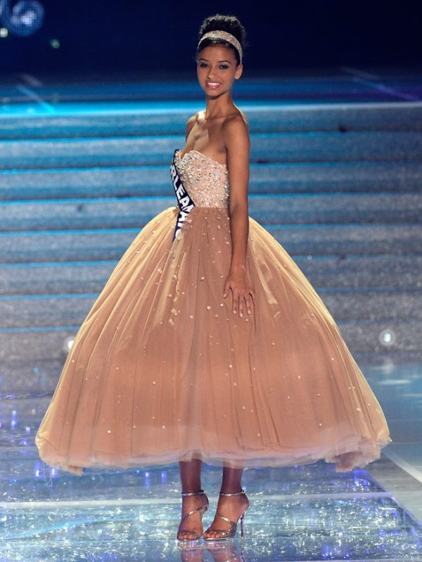 Miss France 2014 : Flora Coquerel