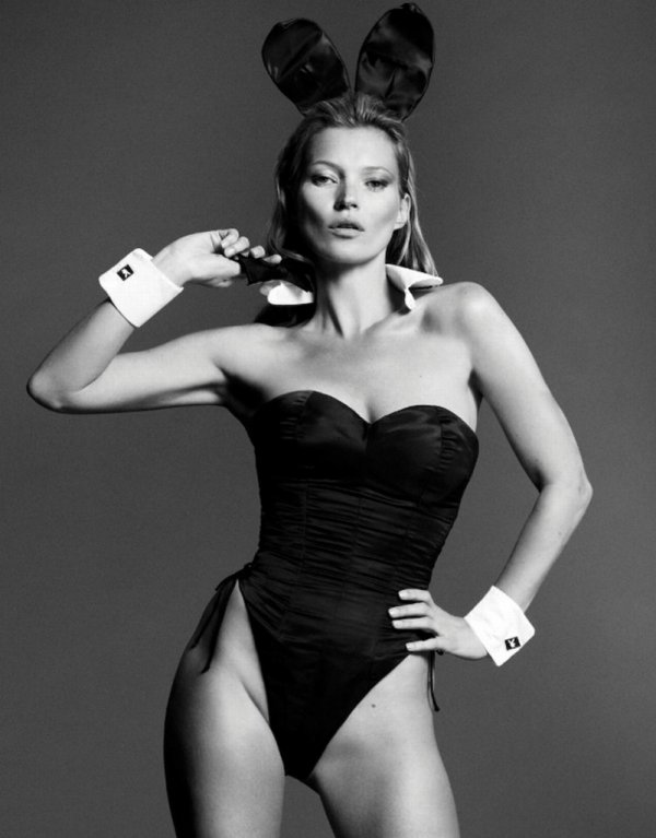 Kate Moss pose pour Playboy.