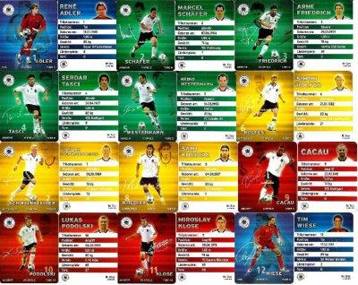 Plaste football cartes 2010 - série complète + Maskotchen