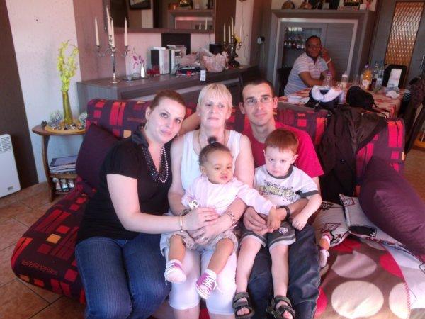 mes enfants, et petit-enfants!!!!éthan et Ornella!!!