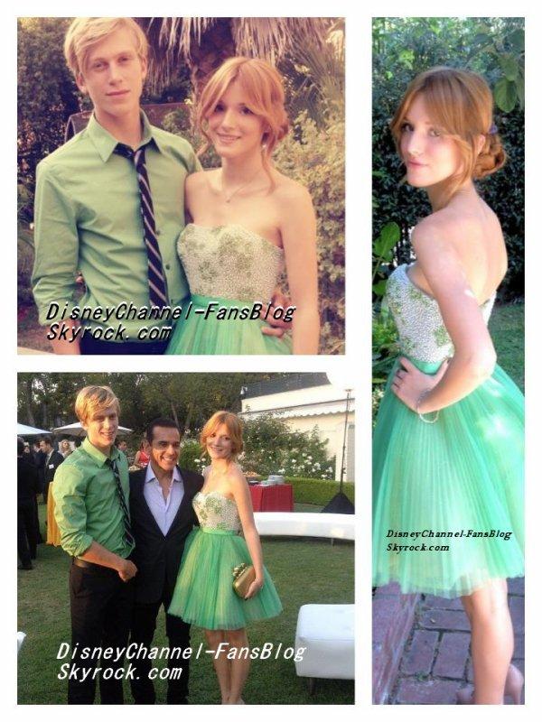 Gadget Pixule (+) Le 15 septembre 2012, Bella accompagné de son petit copain, Tristan se sont rendu a la réception des Alma Awards du 15 septembre.