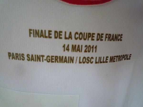 MAILLOT DU LOSC PORTE PAR MOUSSA SOW LE 14 MAI 2011 EN FINALE DE COUPE D FRANCE