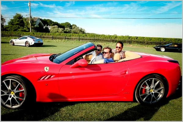 July 16th – Nathaniel Christian's Annual Hamptons Ferrari Rally Dans une tenue très décontractée, Ed se la joue mec sexy et irrésistible au volant d'un cabriolet Ferrari ...