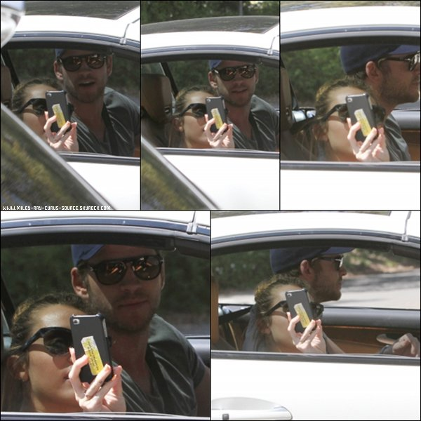 17.04.2012 : Miley et Liam se promenant en voiture.