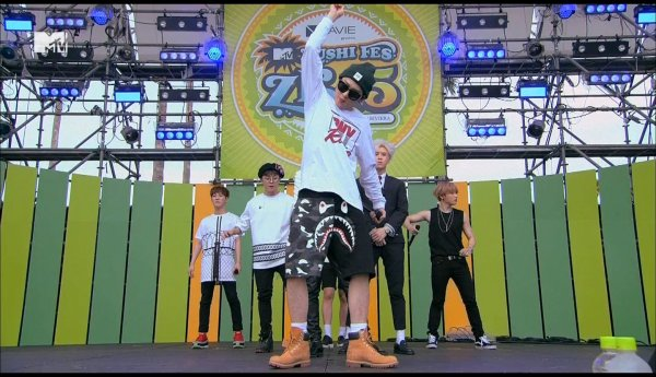 150919 MTV ZUSHI FES 15 Block B TS Cut
