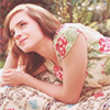 """""""-A bientôt, Harry, dit Ron en lui donnant une tape dans le dos. -Au revoir, Harry! dit Hermione. Elle fit alors quelque chose qu'elle n'avait encore jamais fait: elle l'embrassa sur la joue. """""""