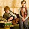""""""" - Si tu n'es pas à Gryffondor, on te déshérite, lança Ron. Mais je ne veux pas te mettre la pression. - Ron! Lily et Hugo éclatèrent de rire, mais Albus et Rose avaient un air grave. """""""
