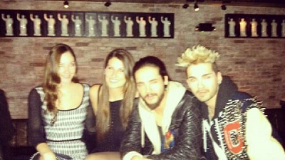 » 05.03.2014 - Bill et Tom avec des fans à New York (USA)