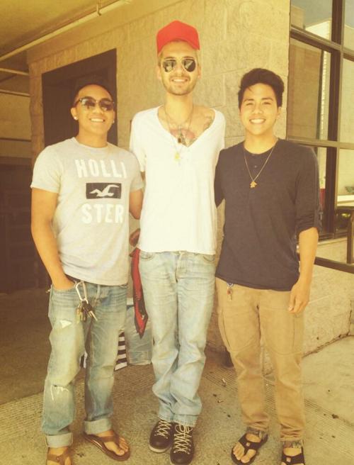 » 04.06.2014 - Bill avec des fans à Riverside, USA