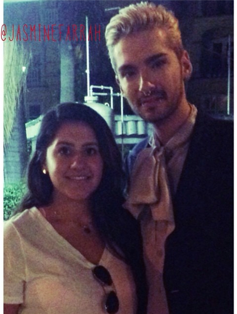 » 25.07.2014 - Bill avec une fan à West Hollywood (USA) / Source : Instagram - jasminefarrah