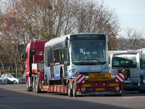 MERCEDES CITO (moteur diesel electrique ) type MIDI numérotés de 41 à 43 :  Aucun bus en circulation.