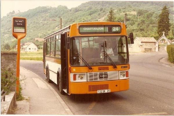 Vanhool AU138. Aucun bus identique en circulation.