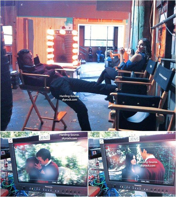 . Vidéos et Photos de Ian pour Troix Magazine + Photos de Ian sur le tournage de PLL dont deux avec Lucy et une avec Troian .
