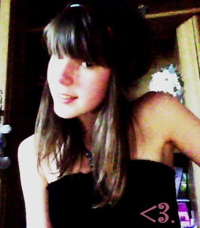 #  Parceque C'est la Seule fille qui me fait autant rire , La seule Qui Me fait Aimé la Vie  :)) ♥
