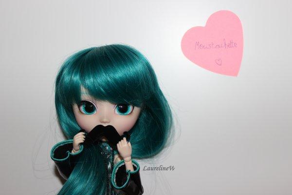 Photo de Miku pour ma Moustache d'amour ! <3