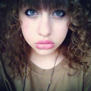 BBM :26EC1BB6   Skype : Camille.perroncel. TWITTER: @CamoCarterSwaag