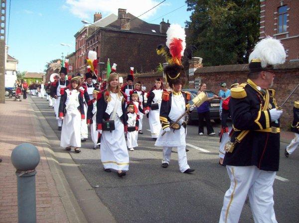 la sortie marche folklorique saint louis de Marcinelle  ces fini