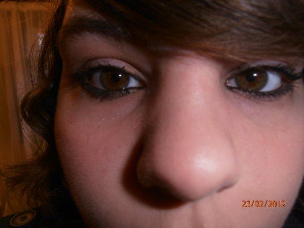 Si tu trouve beau ces yeux clique sur le p'ti coeur kiff