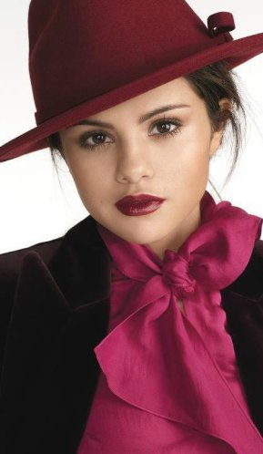 TOP 5 des photos les plus professionnellement de Selena