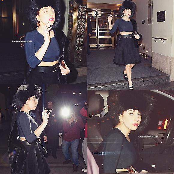 24/10/2012 - Lady Gaga a été vu à New York, elle s'est rendue à une soirée donnée par Donatella Versace à l'occasion de l'ouverture d'une boutique à Soho. + Une photo postée récemment sur twitter. Ton avis ? :)