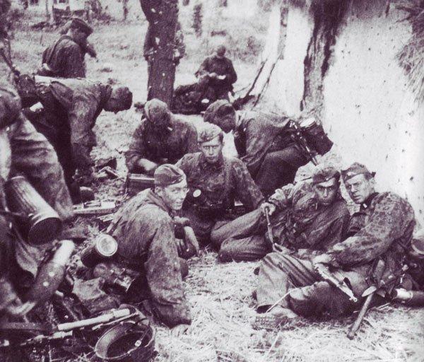prisonniers  et executées par  la 12 ss