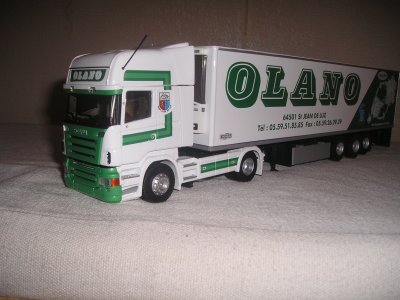 SCANIA TRANSPORT OLANO