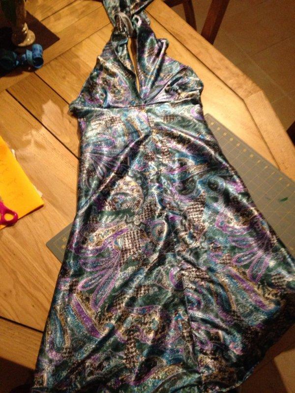 Une petite robe d'été d'après un modèle