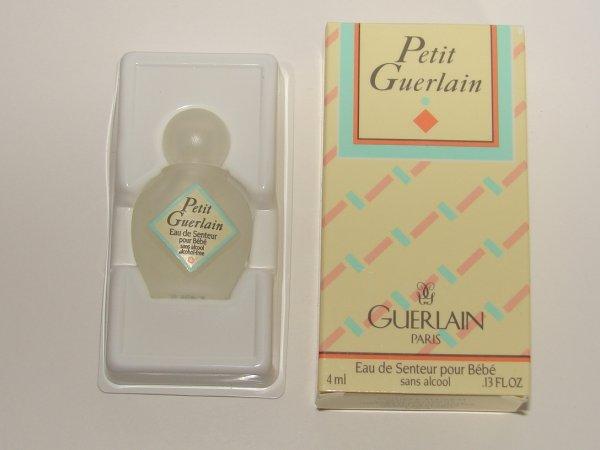 Petit De La Collection Miniatures Guerlain Des Parfums Nv80mnw