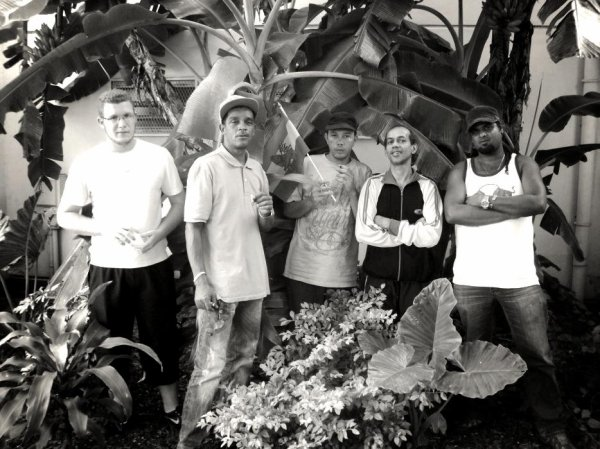 family roots reggae .......