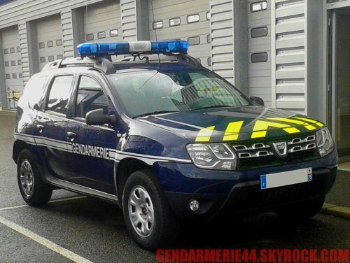 dacia duster gendarmerie44. Black Bedroom Furniture Sets. Home Design Ideas