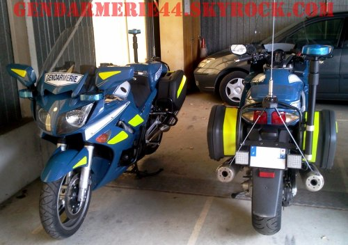 s rie v hicules de service yamaha fjr 1300 gendarmerie44. Black Bedroom Furniture Sets. Home Design Ideas