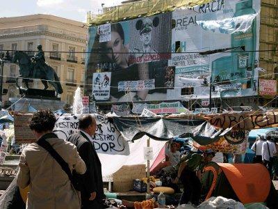 Les 100 meilleurs slogans du printemps espagnol et français