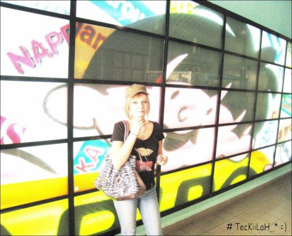 Superbus.   MORDS-TOi Lƌ LƌNGUE ; TU VƌS FiNiR PƌR TE TƌiRE!