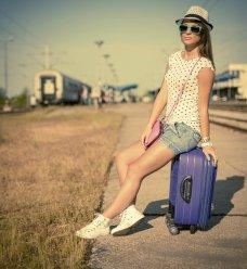 10 astuces pour faire sa valise sans prise de tête ! ( Cosmopolitan.fr )