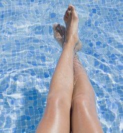 Tout pour de belles jambes et des jambes légères (cosmopolitan.fr)