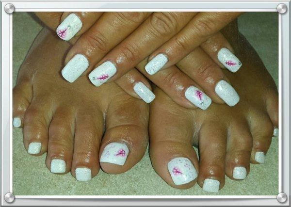 Rempli Pieds \u0026 Mains Gel Blanc avec paillettes et déco plumes rose