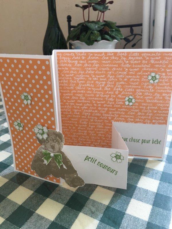 Carte de félicitations petit ourson