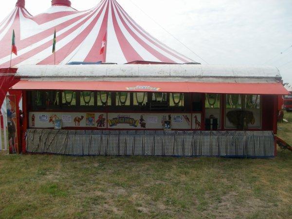 Reportage numéro 2: Cirque Joseph Bouglione a Royan le 25/05/15