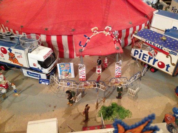 Reportage maquette Numéro 1: Pierrot circus (réalistion mr Pierrot)